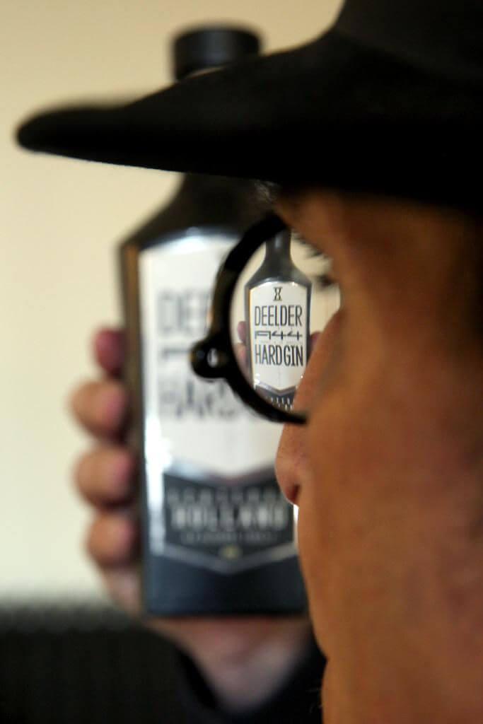 Jules Deelder Hard Gin