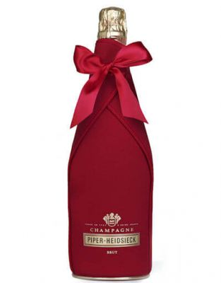 Piper Heidsieck in Ice Jacket